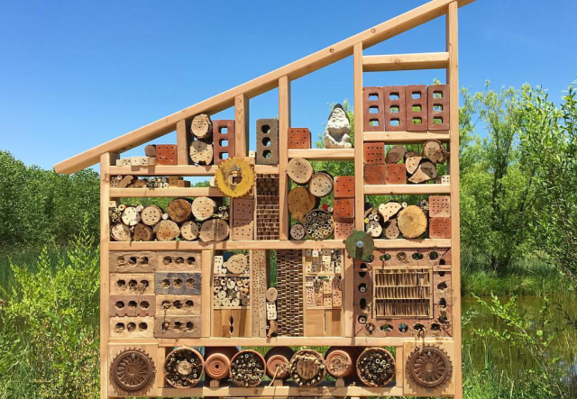 Bee Hotel for Wild Bees and Native Pollinators  image